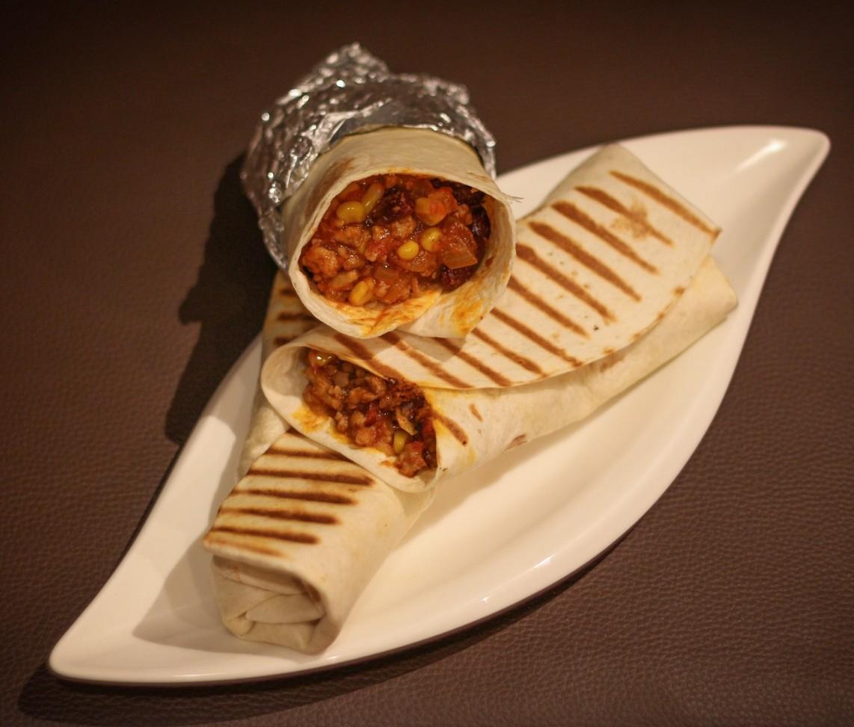 Tortilla z mięsem mielonym po meksykańsku