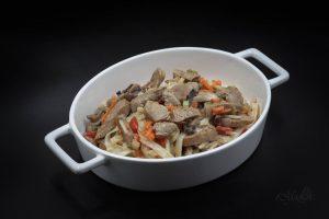 Makaron ryżowy z polędwiczką wieprzową